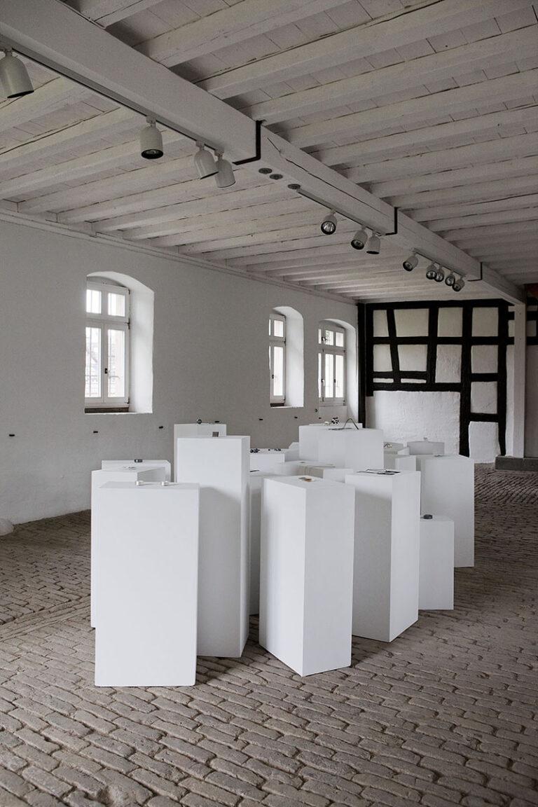 Therese Hilbert und Otto Künzli. Ausstellung in der Galerie Rosemarie Jäger in Hochheim. ©Miriam Künzli